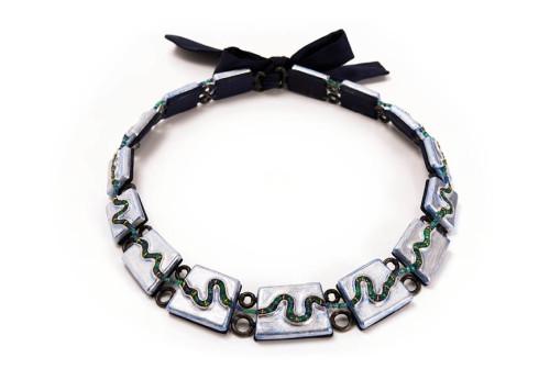 necklace odos unique jewellery emeralds sapphire silk papier mache paper silver leaf gian luca bartellone bodyfurnitures