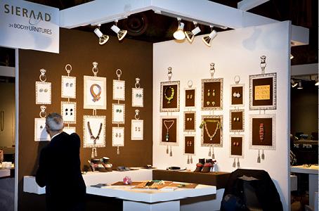 sieraad-amsterdam-stand-gian-luca-bartellone-bodyfurnitures-unique-jewellery