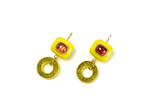 Earrings Kyrtos: unique jewelry from italy using gold, tourmalines, peridots and papier-mâché by Gian Luca Bartellone, Bodyfurnitures