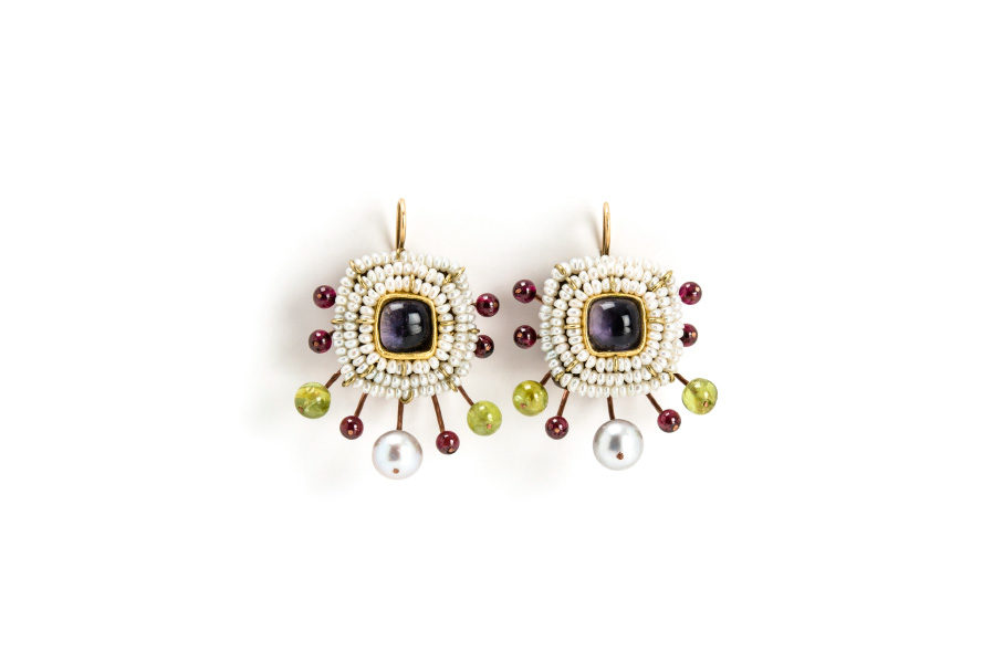 earrings iungo unique jewelry gold copper garnets peridots pearls gian luca bartellone italy