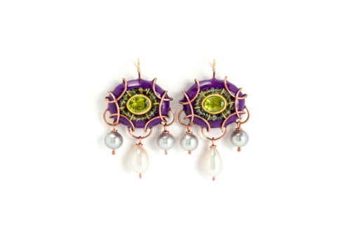 Earrings Styge 2016. Unique jewelry made of gold, copper, tourmaline, peridot and paper by Gian Luca Bartellone, Bolzano, South Tyrol, Italy.