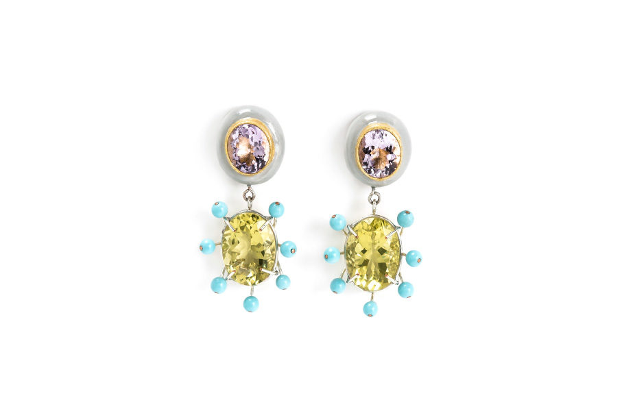 Italian contemporary jewelry: Earrings Imago, 2018, made of papier-mâché, gold 18kt, silver-plated copper, citrines, rose amethysts, turquoise paste, gold leaf 22kt. Handmade one-of-a-kind-jewelry by italian jeweller artist Gian Luca Bartellone, Bodyfurnitures. Discover him at Irene Belfi Gallery, Milano.