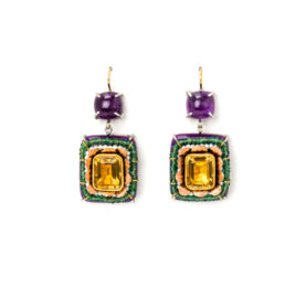 Contemporary jewelry from Italy: Earrings Sileo 2020, materials: gold, citrines, amethysts, emeralds. Gian Luca Bartellone, Bodyfurnitures.